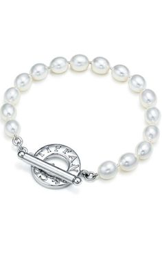 Tiffany Pearl Bracelet. Cuz pretty bitches wear pearls.