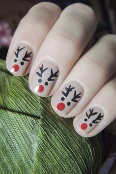 Super ideas for holiday nails new years happy - Christmas nails Christmas Gel Nails, Xmas Nail Art, Christmas Nail Art Designs, Holiday Nails, Cute Acrylic Nails, Cute Nails, Nagellack Design, Nagel Gel, Stylish Nails