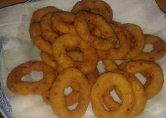 Cibulové kroužky v těstíčku Onion Rings, Food And Drink, Cooking, Ethnic Recipes, Halloween, Per Diem, Author, Baking Center, Koken