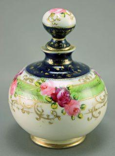 Nippon Cobalt and Roses Perfume Bottle Vase, Bottles And Jars, Glass Bottles, Antique Perfume Bottles, Vintage Perfume Bottles, Rose Perfume, Beautiful Perfume, Slab Pottery, Ceramic Pottery