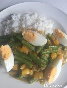 Thaise curry met sperziebonen en ei