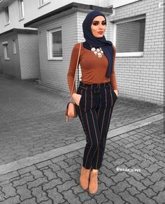 Videos from hijab outfits ( Hijab Casual, Hijab Outfit, Hijab Chic, Muslim Women Fashion, Modern Hijab Fashion, Hijab Fashion Inspiration, Modest Fashion, Women's Fashion, Fashion 2020