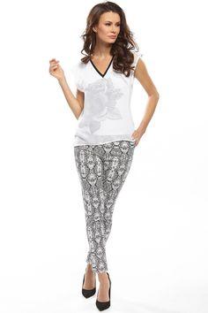Women trousers model 74582 Enny. Cotton 47 % Spandex 3 % Polyester 50 %       Size Lenght Hips width Waist width    36 93 cm 88 cm 74 cm   38 93 cm 92 cm 78 cm   40 93 cm 96 cm 82 cm   42 93 cm 100 cm 86 cm