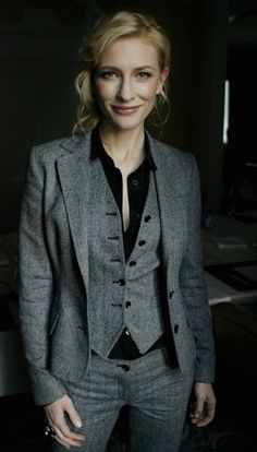 my favorite suit pic of Cate ❤️. Is it true that this is the first suit that she bought with her own money? She still has it and still looks gorgeous in it. I read it somewhere but I can't find it...