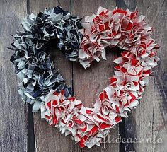 #papercraft #Patriotic Fabric Heart Wreath