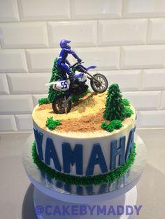 Yamaha Cake