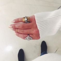 Single stacked white eclipse memento ring