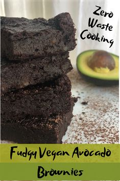 A vegan avocado brownies recipe that is rich, fudgy, healthy, and zero waste. These easy vegan brownies only need ingredients and tastes fantastic! Vegan Avocado Brownies, Fudgy Vegan Brownies, Avocado Cake, Avocado Dessert, Avocado Toast, Vegan Dessert Recipes, Brownie Recipes, Whole Food Recipes, Vegan Avocado Recipes