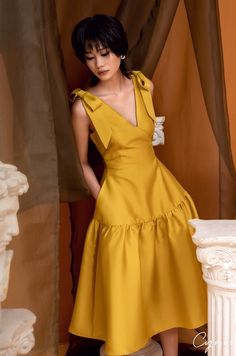 Simple Dresses, Elegant Dresses, Pretty Dresses, Beautiful Dresses, Casual Dresses, Classy Dress, Classy Outfits, Stylish Outfits, Dress Outfits