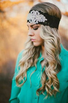 Gorgeous lace headband for an elegant Wedding Hairstyle!