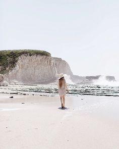 In my element. Shared a few more photos from a trip to Davenport Beach on the blog. Link in profile. #california_igers #beachbum #mytinyatlas #darlingmovement #cuyana #coastline