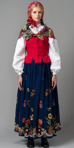 """Reconstructed grafferbunad"" with green damask waist and blue embroidered skirt from Lom, Gudbrandsdalen, Oppland, Norway (I think the damask waist have more color options)"