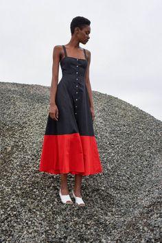 Mara Hoffman Resort 2018 Fashion Show Casual Dresses, Casual Outfits, Fashion Dresses, Summer Dresses, Fashion Week, Look Fashion, Fashion Show, Mode Shoes, Skirt Outfits