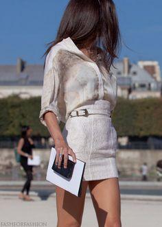Barbara Martelo in Paris - Street style. Barbara Martelo, Spain Fashion, Vogue Spain, Fashion Outfits, Womens Fashion, Fashion Styles, Trendy Fashion, International Fashion, Classy And Fabulous