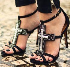 Street Style | Shoes: Schutz, fashioncoolture | http://fashioncoolture.com.br/2013/03/20/look-du-jour-roll-my-blues-away/