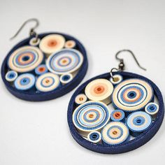 13 Paper Quilling Design Ideas That Will Stun Your Friends Paper Quilling Earrings, Quilling Work, Paper Quilling Patterns, Origami And Quilling, Quilling Paper Craft, Quiling Earings, Quilling Ideas, Paper Jewelry, Paper Beads