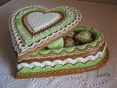 medovniková kazeta v zelenom