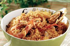 Rice with seafood / Πικάντικο πιλάφι με θαλασσινά Seafood Soup, Fish And Seafood, Food Categories, Mediterranean Recipes, Greek Recipes, Food Processor Recipes, Vegetarian, Pasta, Cooking