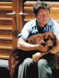 One of my favorite actors Spencer Tracy with his Irish setter. Golden Age Of Hollywood, Vintage Hollywood, Hollywood Stars, Classic Hollywood, Vintage Tv, Vintage Photos, Classic Movie Stars, Classic Movies, Dogs Of The World