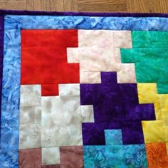 More involved sewing projects have kind of slipped into the background lately, but an impending birth nudged me into action: a baby quilt/mat. Quilt Baby, Baby Girl Quilts, Cute Quilts, Easy Quilts, Mini Quilts, Quilting Projects, Sewing Projects, Quilting Tips, Puzzle Quilt