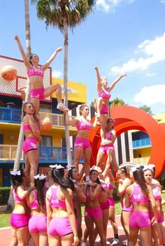 cheercoverage:  So much pink!
