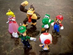 RARE NINTENDO WII MARIO BROTHER CHRISTMAS ORNAMENT COLLECTION - DELUXE ORNAMENTS