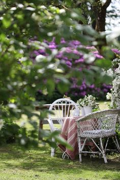 Shaded Seating with a Rhododendron Southern Home Decorating, Garden Painting, Outdoor Living, Outdoor Decor, Yard Design, Al Fresco Dining, Growing Flowers, Garden Spaces, Beautiful Space