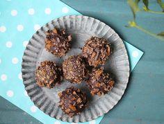 Knasende konfektkugler med nougat og marcipan