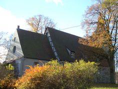 Lyonel-Feiniger-Motiv: Die Dorfkirche von Benz im Hinterland der Insel Usedom.