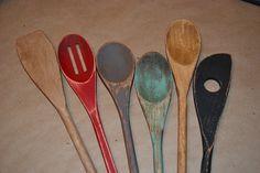 Antiquing wooden utensils for your decor