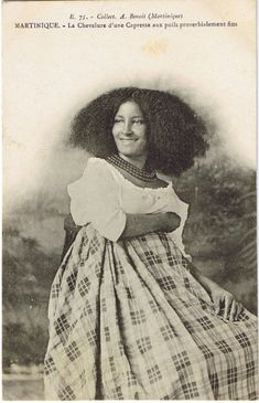 """creole woman of martinique circa 1910 (is this the source for the great engraving in the Dover """"Women"""" volume? Vintage Black Glamour, Vintage Beauty, My Black Is Beautiful, Beautiful People, Old Photos, Vintage Photos, Pelo Afro, American Photo, Vanellope"""