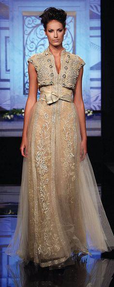 Randa Salamoun Fall-winter 2009-2010 - Couture - http://www.orientpalms.com/randa-salamoun-1031