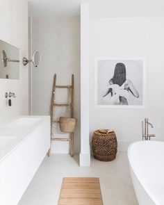 Minimalist Home Interior .Minimalist Home Interior Minimal Bathroom, Modern Bathroom, Small Bathroom, Bad Inspiration, Bathroom Inspiration, Kanazawa, Ideas Hogar, Bathroom Interior, Bathroom Lamps