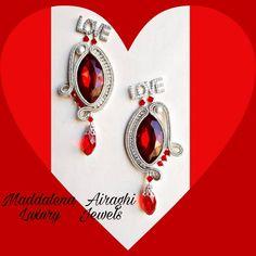 """""""Mi piace"""": 62, commenti: 0 - Maddalena Airaghi (@maddalenaairaghihandmadejewels) su Instagram: """"San Valentino è alle porte! Se non avete ancora scelto il dono per dirle il vostro amore, questi…"""" San Valentino, Jewels, Handmade, Instagram, Jewelery, Hand Made, Gems, Jewerly, Jewelry"""