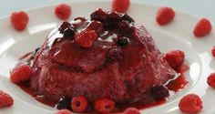 Summer Pudding http://www.tastefulsweets.com/summer-pudding/