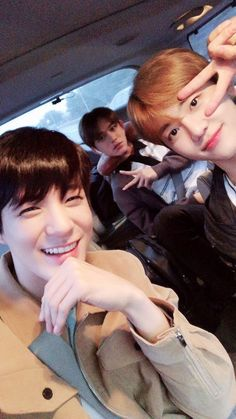 Jeno Jaemin with Lucas at the back Winwin, Taeyong, Nct 127, Nct Dream Members, Nct Dream Jaemin, Lucas Nct, Sm Rookies, Jisung Nct, Jeno Nct