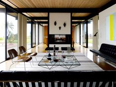 16 Spaces with Mid-Century Style | 1stdibs