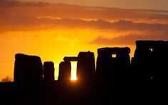 Sun rising for the first time in 2013 over Stonehenge. 01/01 via Telegraph