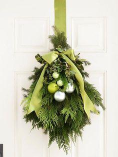 DIY christmas wreath, DIY christmas door hanging
