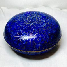 Antique Chinese Cloisonne Enamel Powder or Trinket Box With