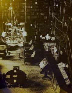 Book: The Gentlemen's Clubs of London — Gentleman's Gazette Vintage London, Old London, Cigar Club, Ladies Club, English Gentleman, Gentlemans Club, London Clubs, Famous Books, Private Club