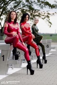 Born In Latex : Photo
