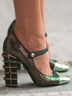 Bonjour, Paris: Tory Burch shoes