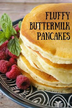 No one can resist a stack of hot pancakes! Drizzled with your favorite syrup these fluffy buttermilk pancakes are a delicious way to start your day! #pancakes #breakfast #MCO