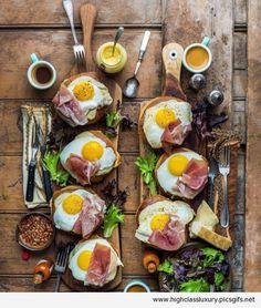 Quick Healthy Breakfast Ideas & Recipe for Busy Mornings Brunch Recipes, Breakfast Recipes, Breakfast Ideas, Breakfast Platter, Cooking Recipes, Healthy Recipes, Food Platters, Buffets, Food Presentation