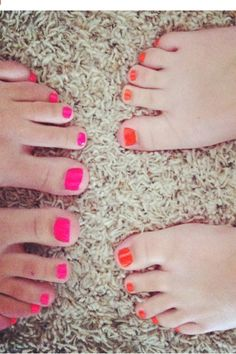 Summer Nails ( Anna Reeves' and my toes)
