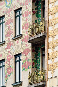 Eine der schönsten Fassaden  in Wien <3