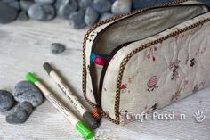 Long Zipper Pouch Tutorial and Pattern ... by Craft Passion
