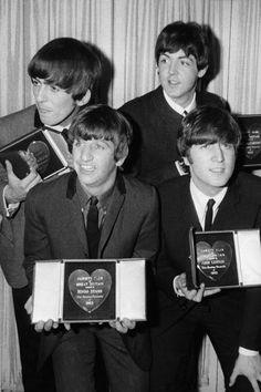 George Harrison, Paul McCartney, Ringo Starr , and John Lennon