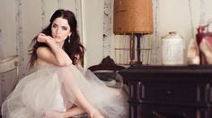 Boudoir photographer Jen Rozenbaum didn't let anything stand in her way when starting her business. She started shooting in her bedroom a...